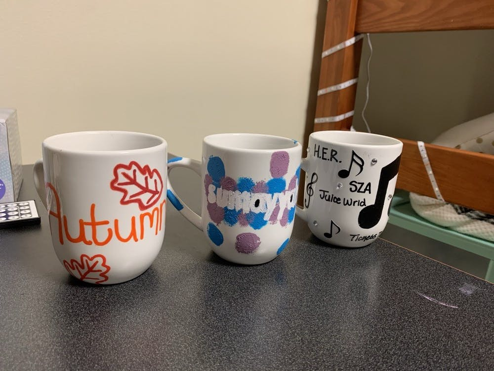 3 do-it-yourself ways to personalize your coffee mugs