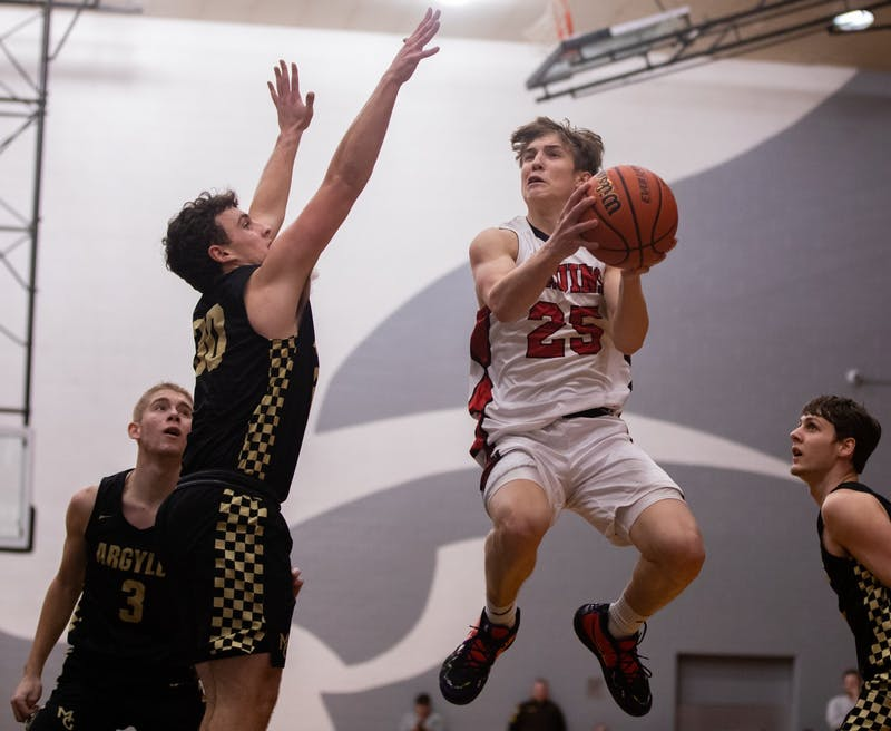 Blackford's Luke Brown scores 35 points in conference win against Madison-Grant