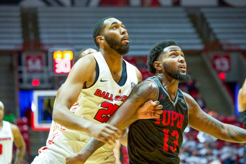 Cardinals cruise past IUPUI behind complete team effort