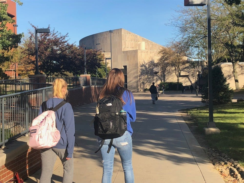 <p>Students will need face masks when inside campus buildings and to follow social distancing protocols. <strong>Sara Barker, DN file</strong></p>