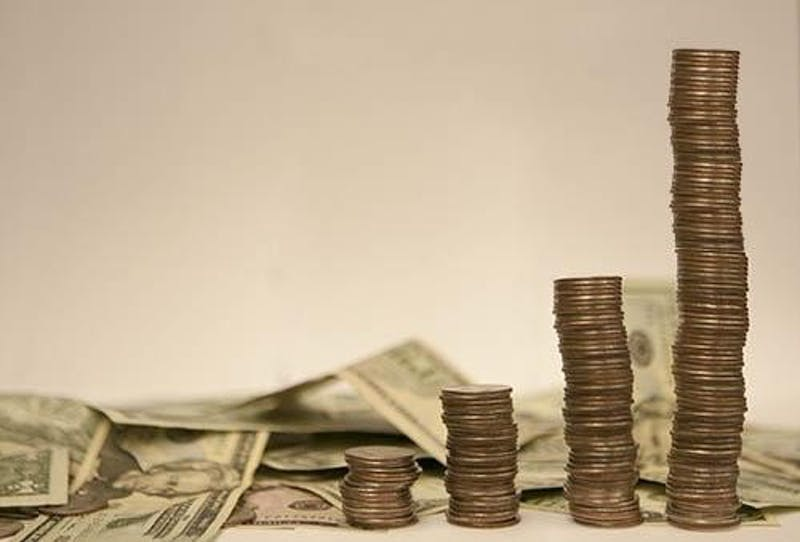 Tips for staying financially stable in college