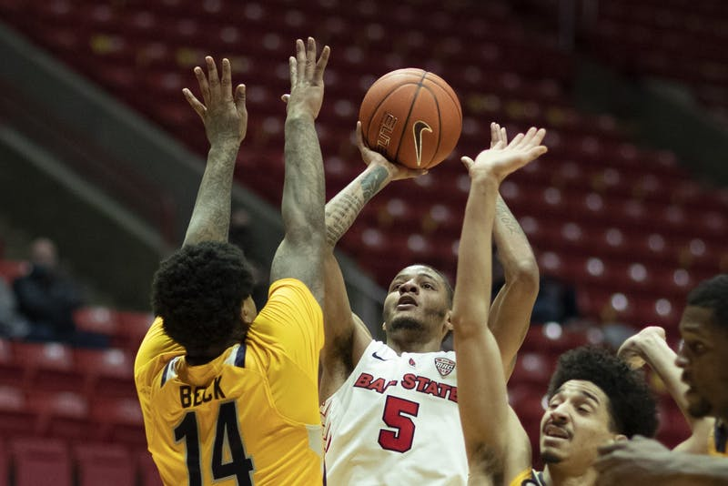 Cardinals beat Kent State, Ish hits 1000