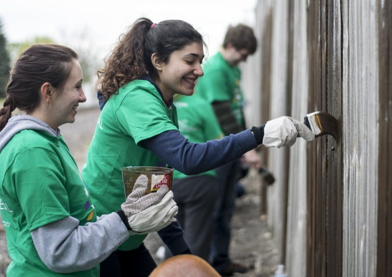6 places to volunteer off campus