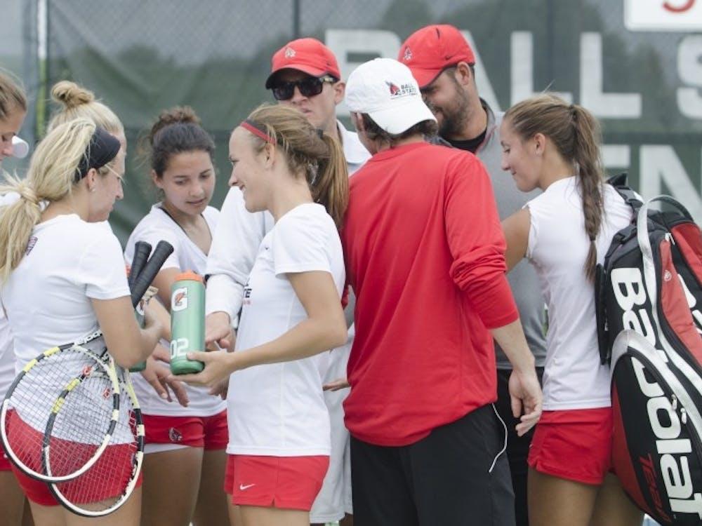Women's tennis takes 9-match win streak to Wright State