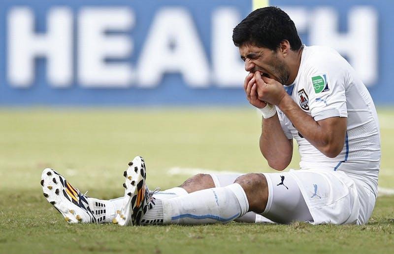 World Cup roundup: GRE-CIV, JPN-COL, CRC-ENG, ITA-URU (June 24)