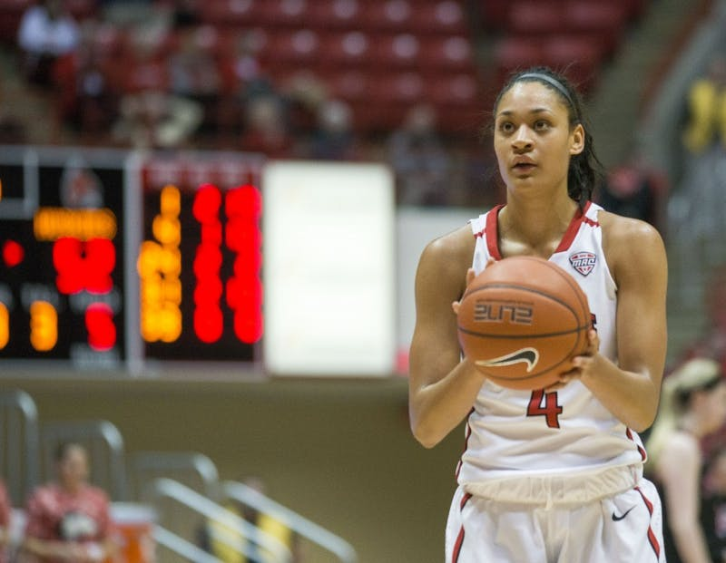 Nathalie Fontaine earns AP All-America Honorable Mention
