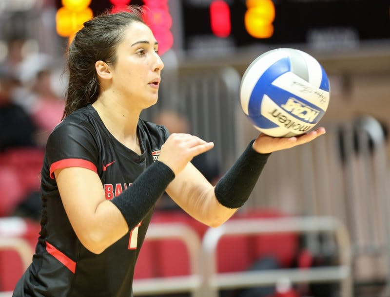 Sophomore defensive specialist Kate Avila concentrates on setting the ball against Toledo at John E. Worthen Arena on Nov. 2. Avila contributed 26 of the 91 digs for the team. Elliott DeRose, DN File