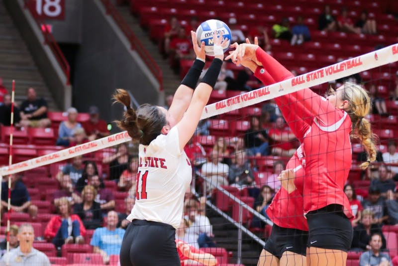 Women's volleyball swept by No. 19 Ohio State