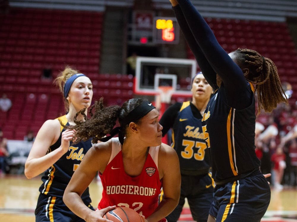 Sophomore Oshlynn Brown defends the ball against players from Toledo in John E. Worthen Arena Feb. 23, 2019. The Hooiseroons fell to the Rockets 63-62. Scott Fleener, DN