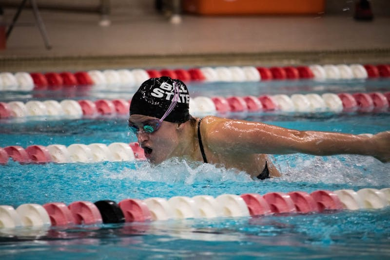 Senior Andrea Richter finishes the 400 Medley Relay during the meet against Ohio on Oct. 28 at Lewellen Pool. The Cardials lost 114-185. Rebecca Slezak, DN.