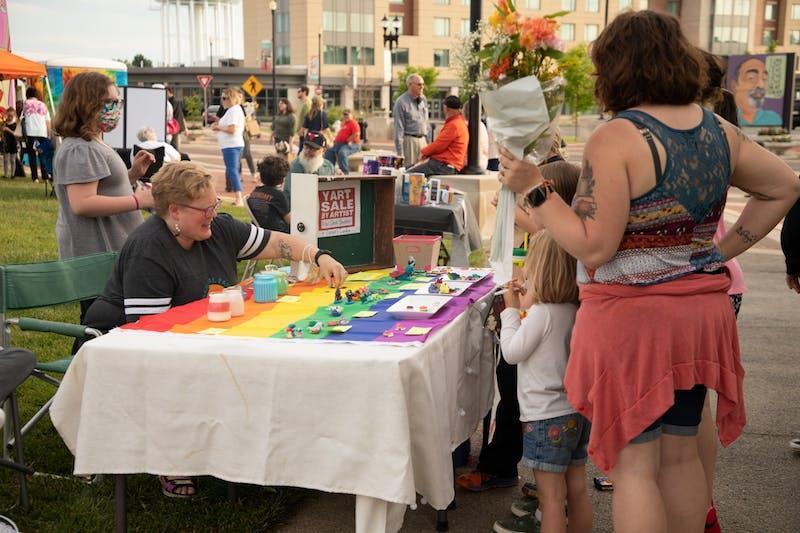 Muncie hosts first Arts Walk since COVID-19 pandemic began