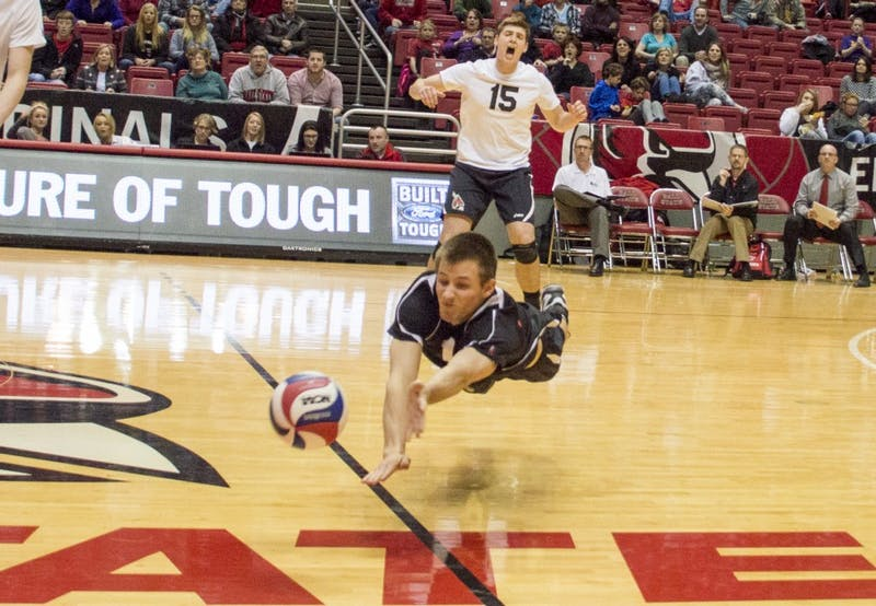 Ball State volleyball falls 3-2 to IPFW