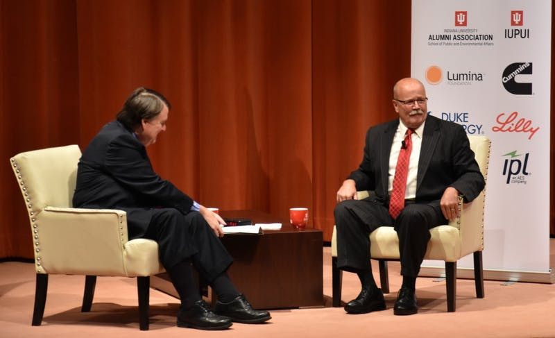 John Gregg visits Muncie, speaks about plans for Indiana