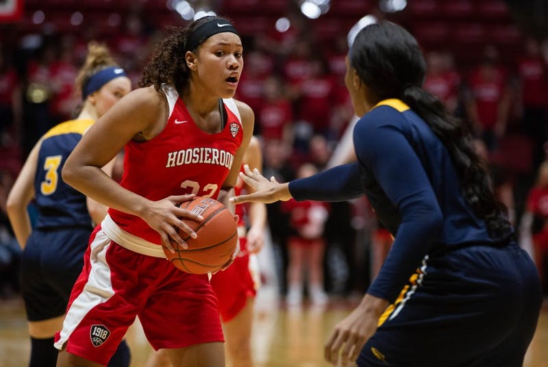 Sophomore Oshlynn Brown defends the ball during against a Toledo player Feb. 23, 2019 in John E. Worthen Arena. The Hooiseroons fell to the Rockets 63-62. Scott Fleener, DN
