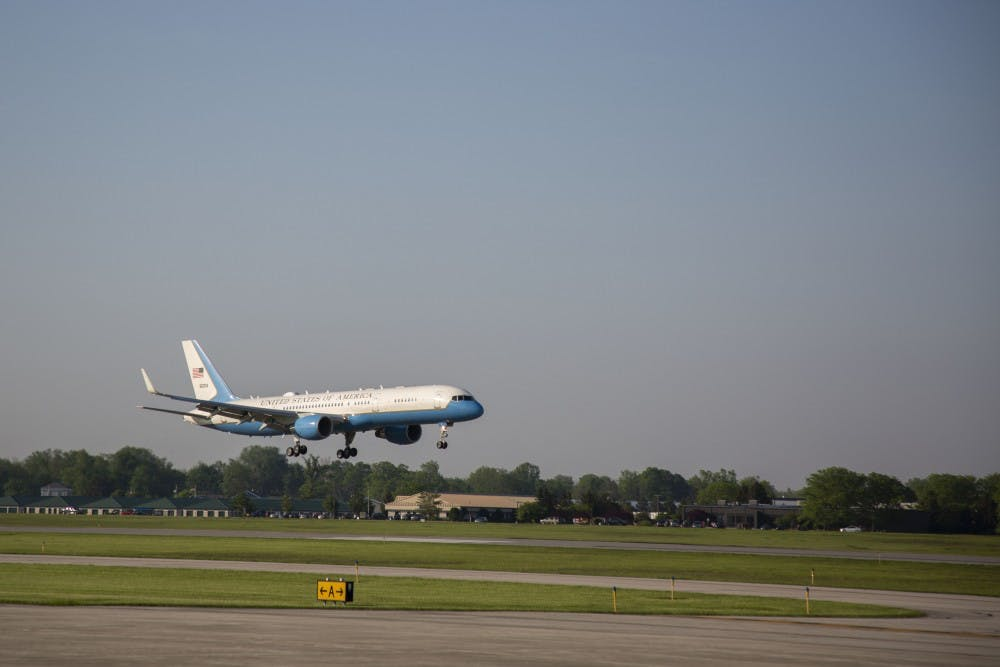 Vice President Mike Pence lands at Delaware County Airport