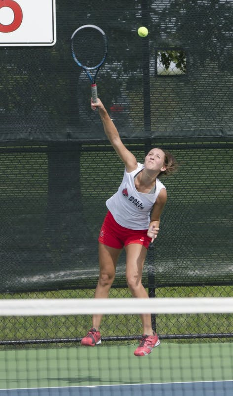 Men's, women's tennis continue preparation for spring season