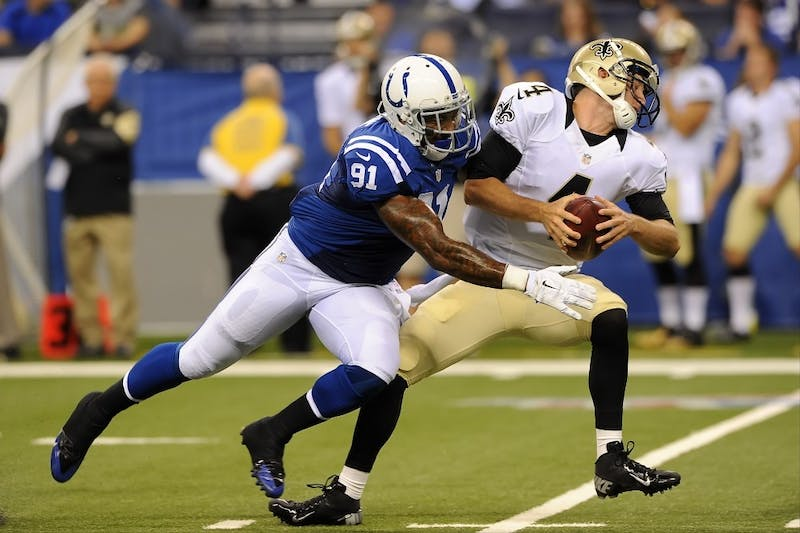 Snead leads Saints in yards, Newsome records 1st tackles of season