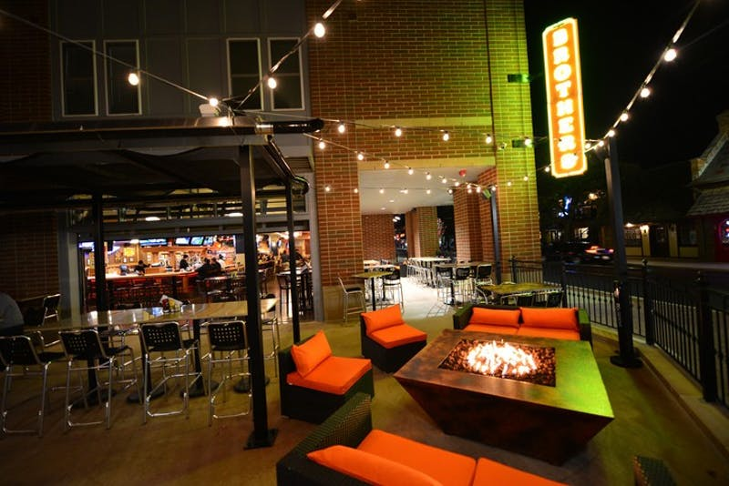 Brothers Bar & Grill: Social hangout for students & families