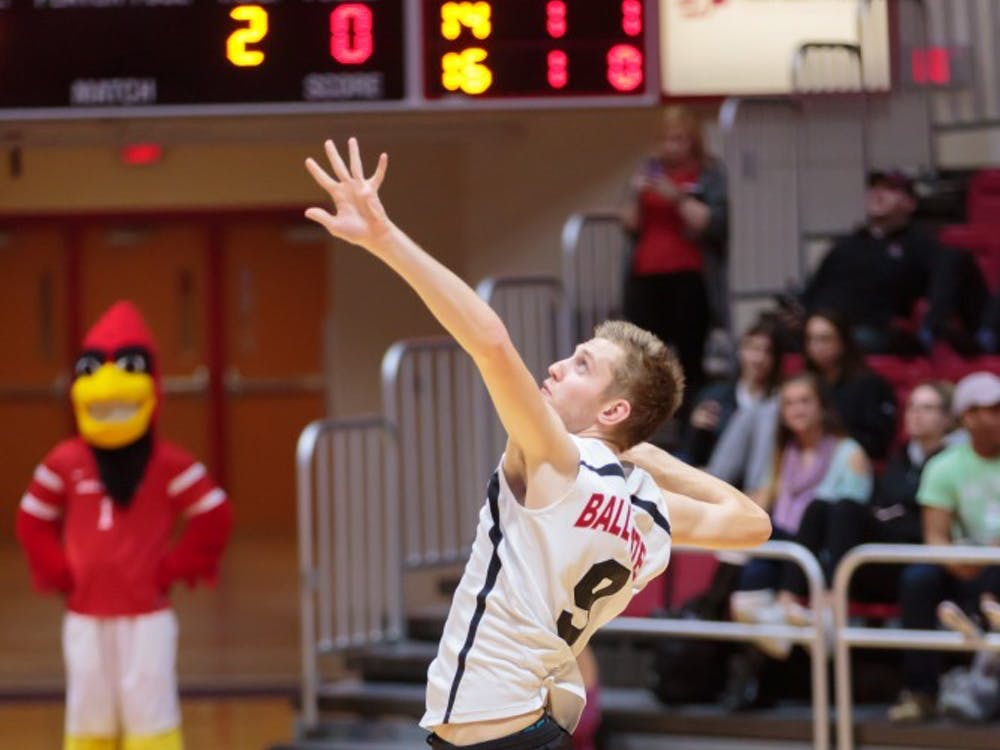 Then-sophomore middle attacker Parker Swartz serves the ball during the game against Fort Wayne on Feb. 7 in Worthen Arena. The Cardinals won 3-0 against the Mastodons. Kyle Crawford, DN