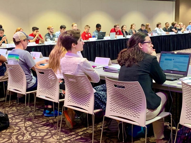 Senators discussing priority scheduling for ROTC members at Student Government Association's (SGA) meeting Wednesday. This is the third attempt to pass legislation in the past two years to prioritize ROTC student scheduling.Liz Rieth, DN