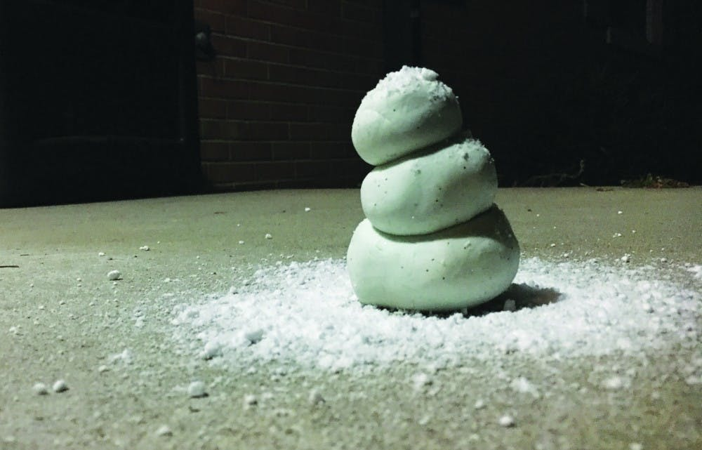 Do-it-yourself ways to bring the winter snow indoors
