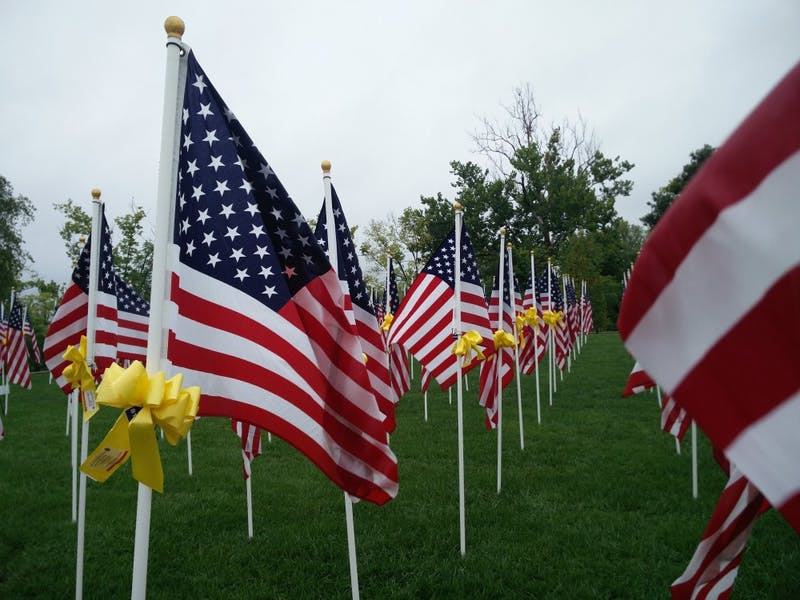 Minnetrista honors veterans and service personnel in 1,000 flag exhibit