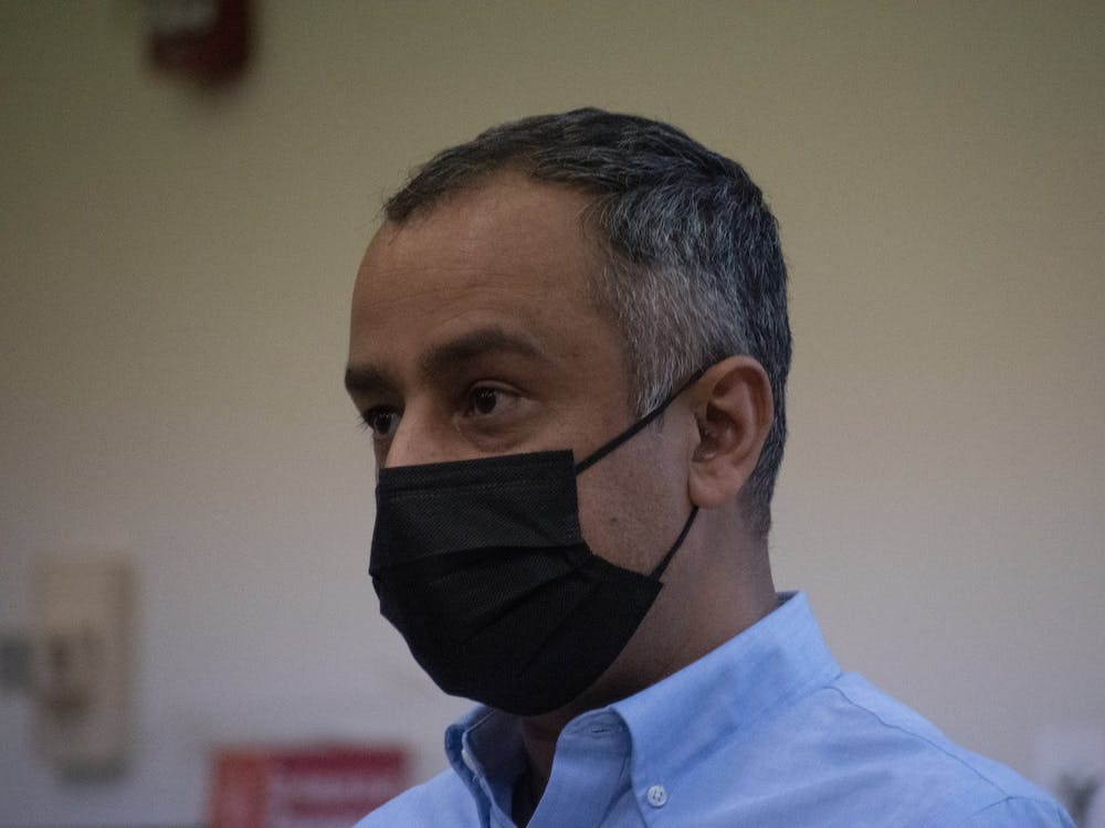 """Ball State alumnus Qais Faqiri gives a lecture titled """"Centralization of Power and the Collapse of Afghanistan"""" Oct. 20. Faqiri escaped Afghanistan on a U.S. military evacuation flight Aug. 23. Joey Sills, DN"""