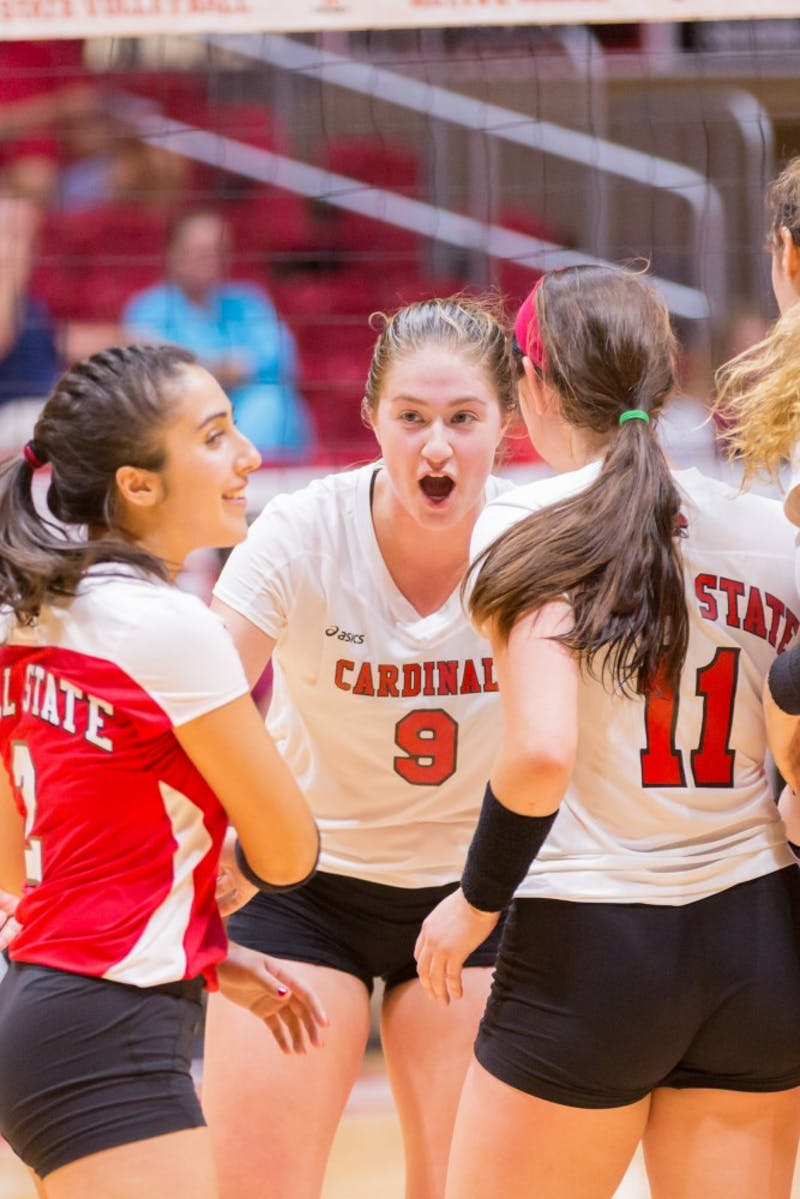 Ball State women's volleyball beats Eastern Michigan 3-2