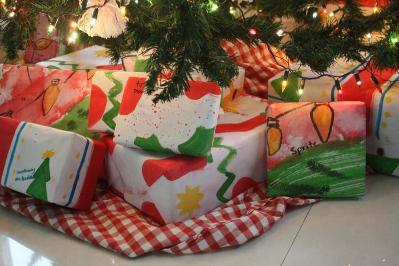 Holiday shopping guide of easy, last minute gifts for a nerdy friend