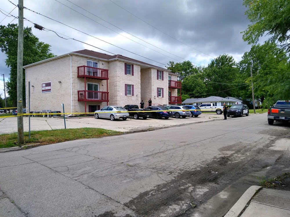 <p>Muncie Police Department officers investigate reports of shots fired near a Rosewood Avenue apartment complex June 23, 2020. A campus-wide email was sent out around noon informing students of the possible shots fired. <strong>Charles Melton, DN</strong></p>