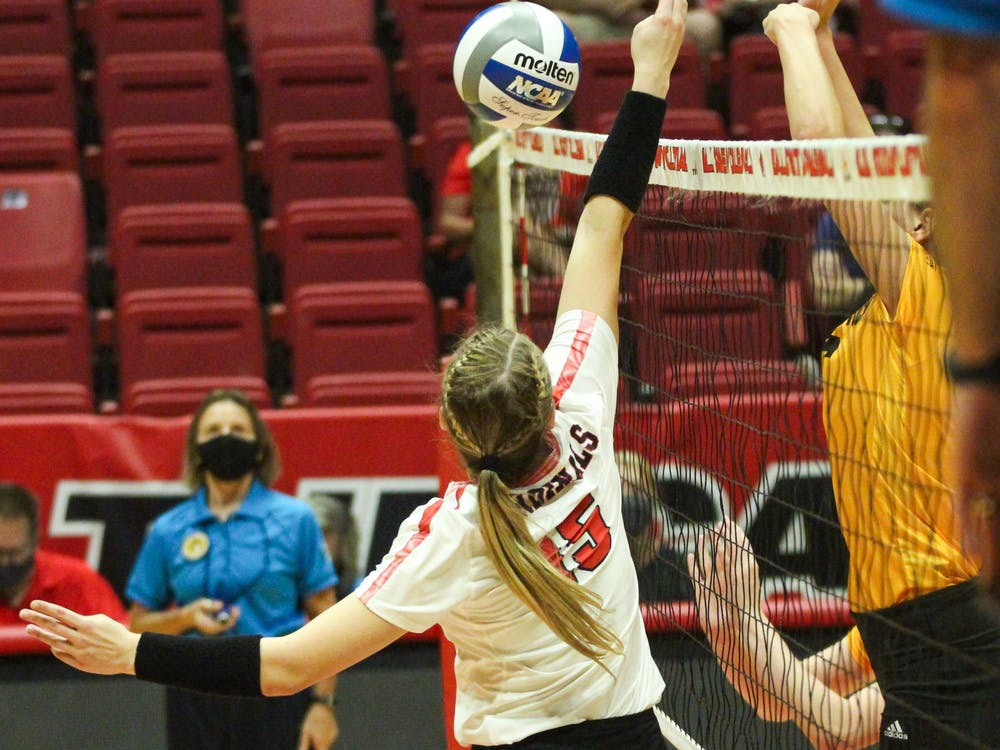 Freshman setter Megan Wielonski attempts to block the ball against Northern Kentucky in Worthen Arena Sept. 17. Wielonski is one of two freshmen on the team. Jacy Bradley, DN