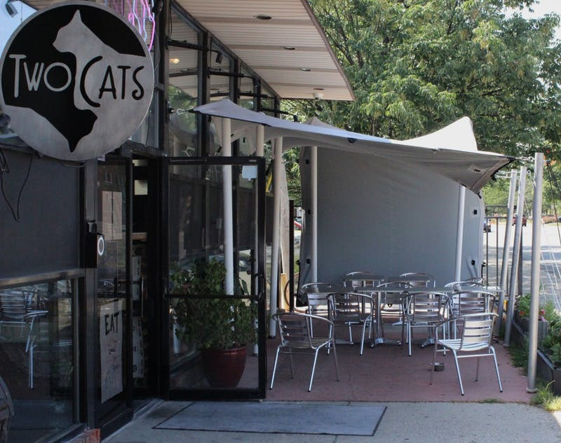 Two Cats adds alcohol, live music, new chef