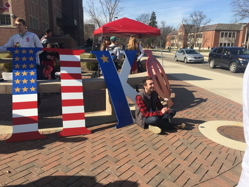 Pi Kappa Phi 'spreads the love' on Valentine's Day
