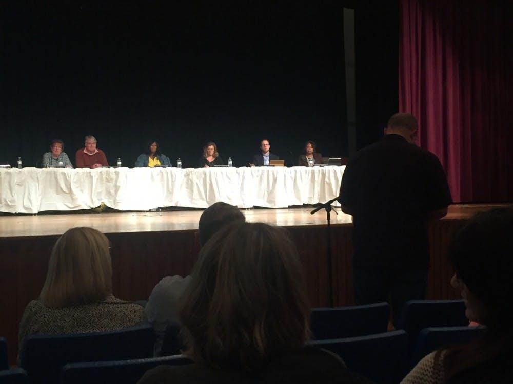 Muncie school board postpones voting on debt reduction plan