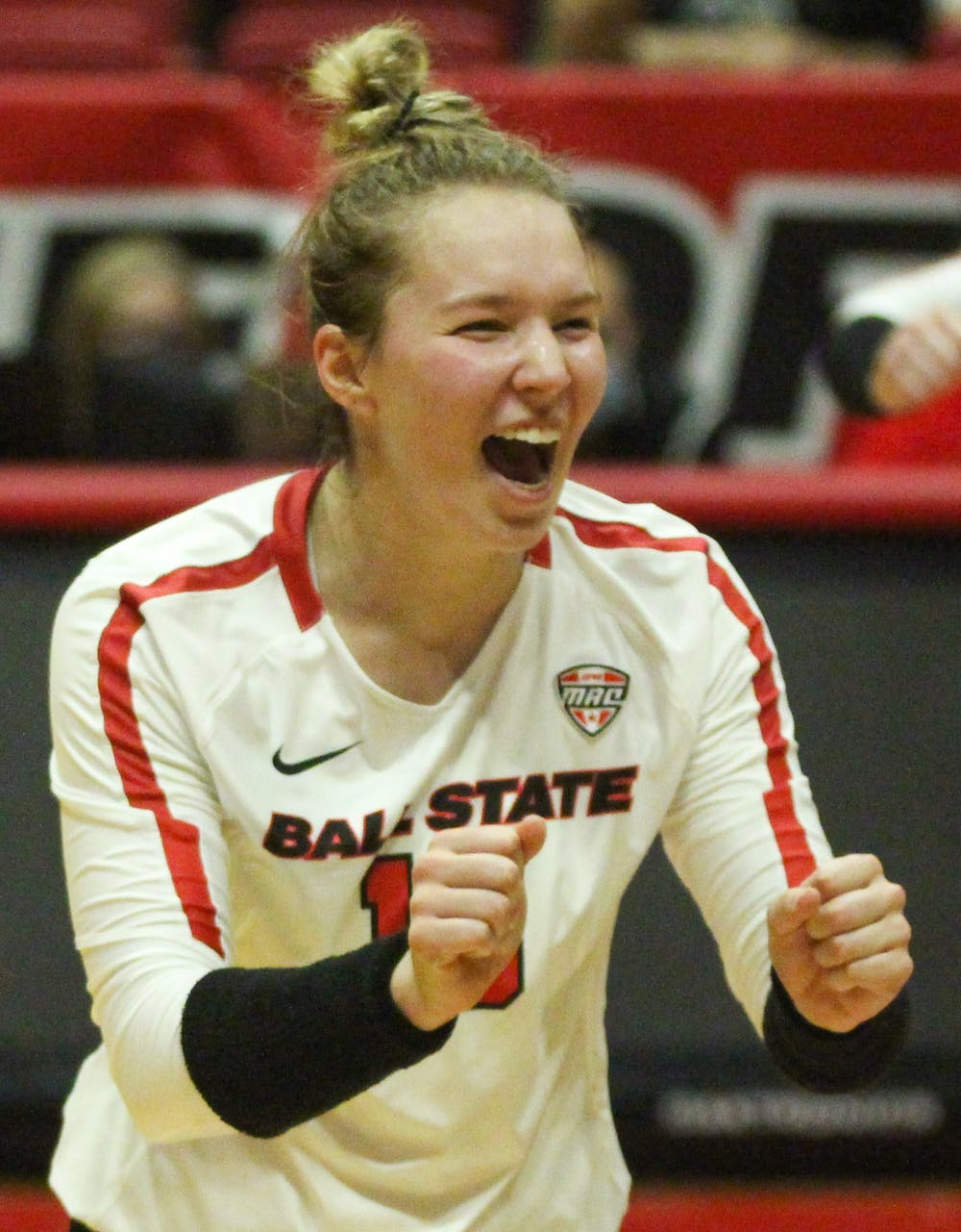 New court, same sport: A look at freshman setter Megan Wielonski's transition from high school to college volleyball