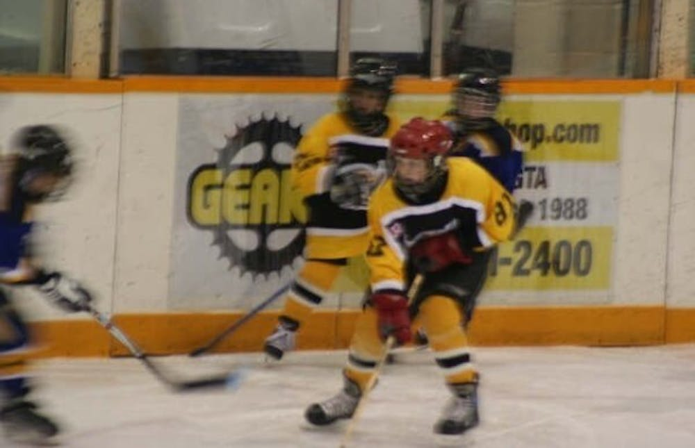 <p>Ben Hendriks plays minor hockey with his team, the Meadowvale Hawks, in Mississauga, Ontario, Canada. Hendriks played ice hockey until he was 12 years old before he decided to purely focus on basketball. <strong>Leslie Hendriks, photo provided. </strong></p>