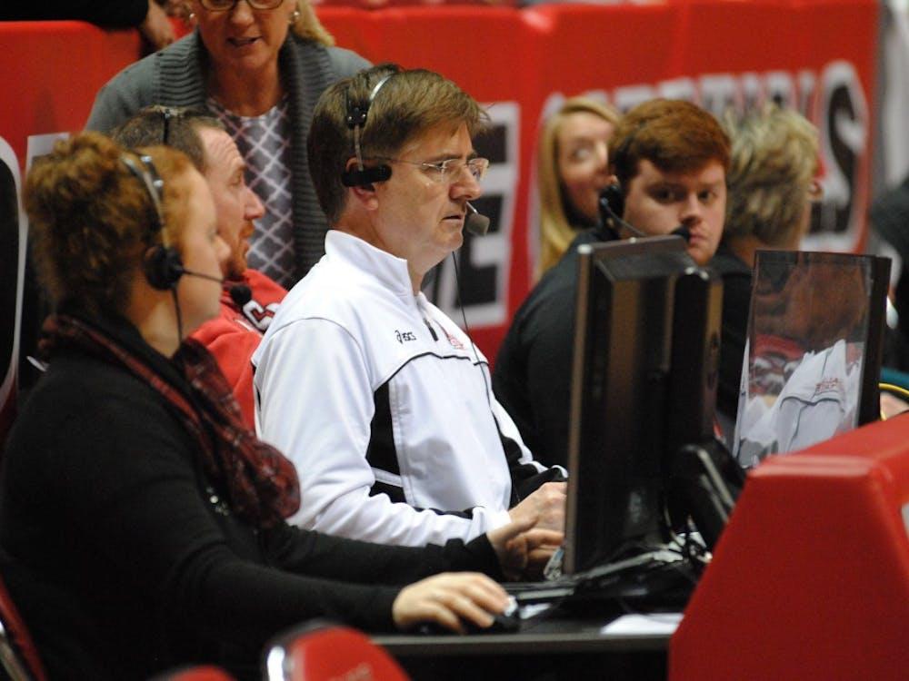 Steve Shondell, the women's volleyball head coach, announces for the men's team's match againstIndiana University-Purdue University Fort Wayne.DN PHOTO ALLISON COFFIN