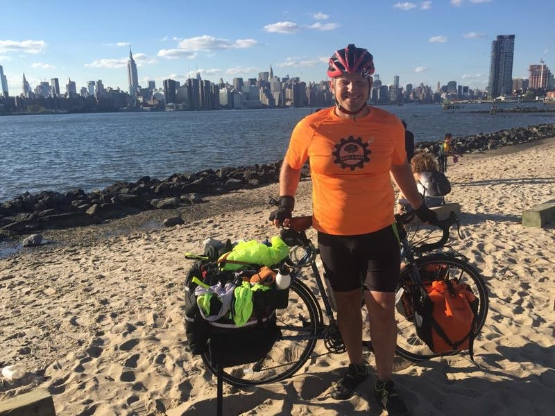 Ball State alumnus rides bike coast to coast for a cure