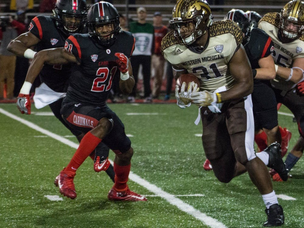 Western Michigan's running back Jarvion Franklin gains some yardage during the game against Ball State on Nov. 1 in Scheumann Stadium. The Broncos defeated the Cardinals 52-20. Grace Ramey // DN