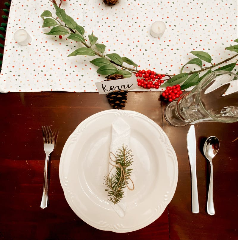 Do-it-yourself ways to celebrate friends this Thanksgiving