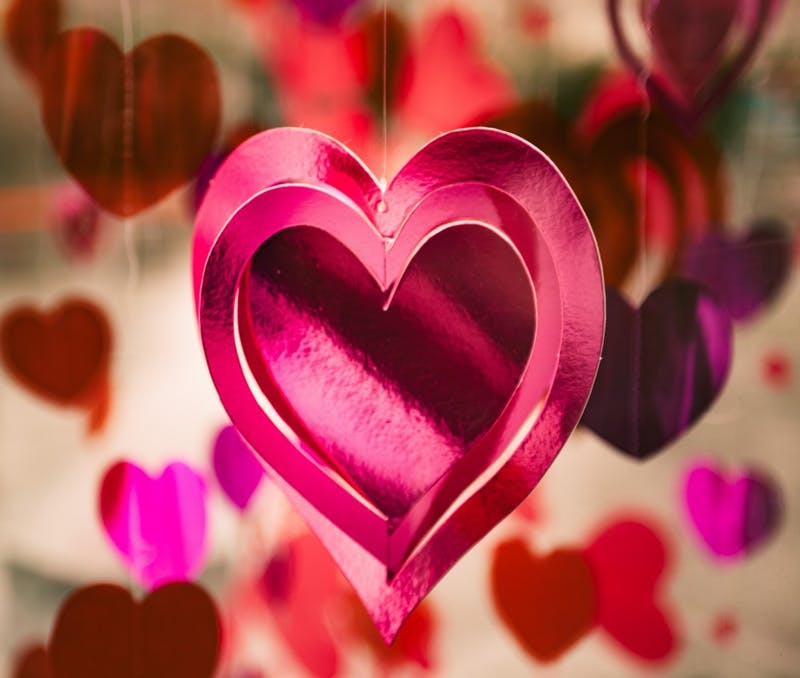 Planning how to spend your Valentine's Day can be difficult. Special Valentine's Day meals and events around Muncie are a few options for students looking spend time with their significant others during the holiday. Clem Onojeghuo, Unsplash.