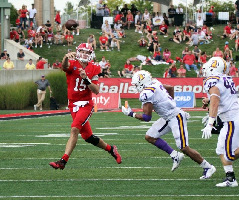 Offense uses balanced attack to beat Tennessee Tech