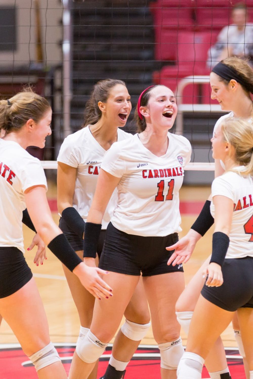 <p>Freshman setter Amber Seaman celebrates after a score with her fellow teammates at the game against IUPUI on Aug. 31, 2016 at John E. Worthen Arena. Friday's match against Indiana starts at 7 p.m.<br>  Kyle Crawford // DN File</p>