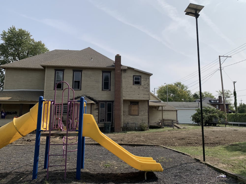 First wave of solar powered lights installed at Muncie neighborhood parks