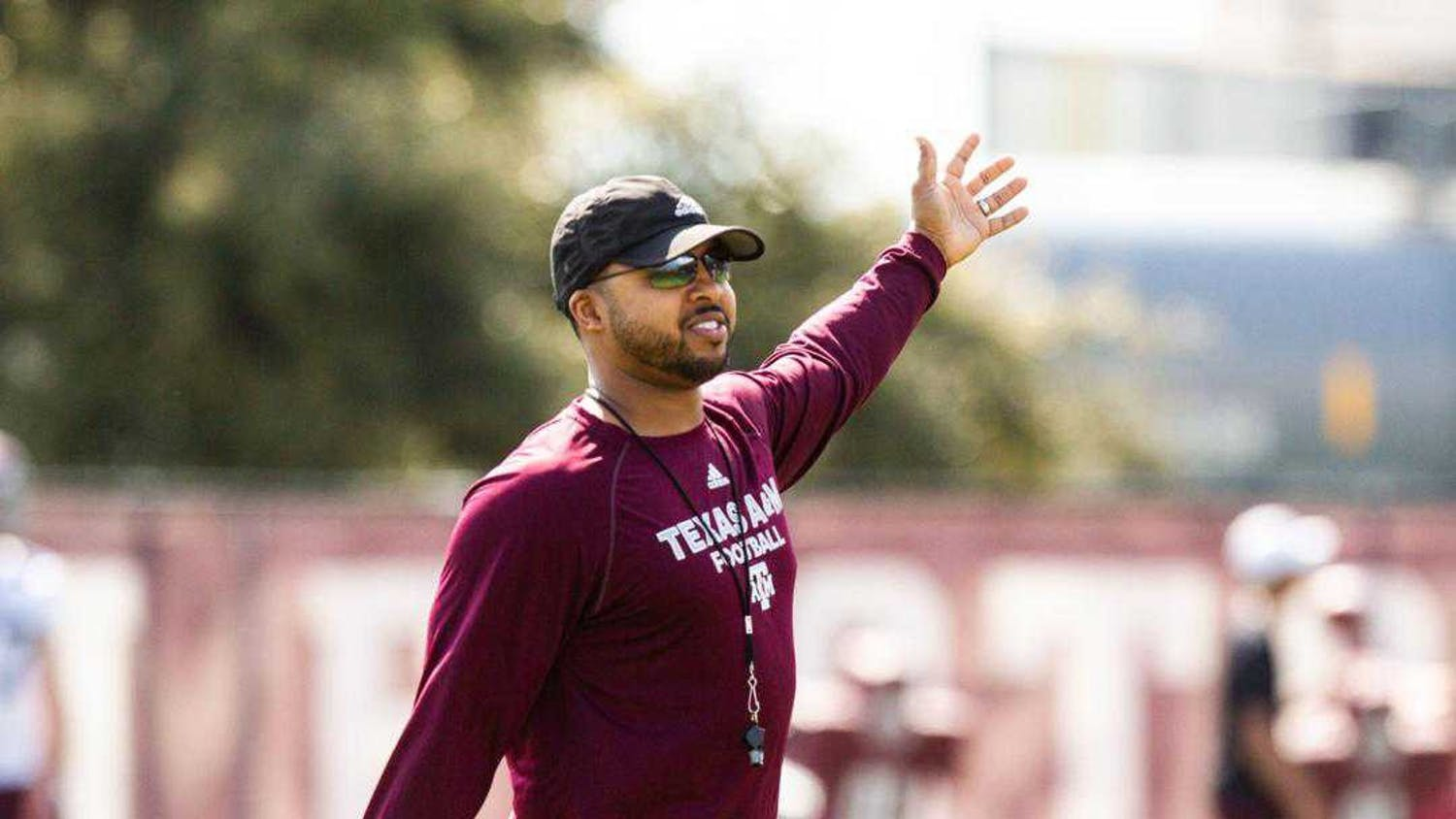 Maurice Linguist has been hired as head coach of the UB football team. Hailing from Dallas, Linguist has experience as a defensive assistant for Valdosta State, James Madison, Buffalo, Iowa State, Mississippi State, Minnesota, Texas A&M and in the NFL for the Dallas Cowboys.
