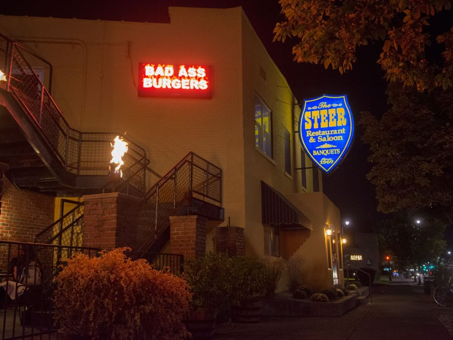 The Steer is located on Main Street within a walking distance of South Campus and its surrounding neighborhood. The Steer serves as the local choice for students who wish to go out on Friday and Saturday nights.