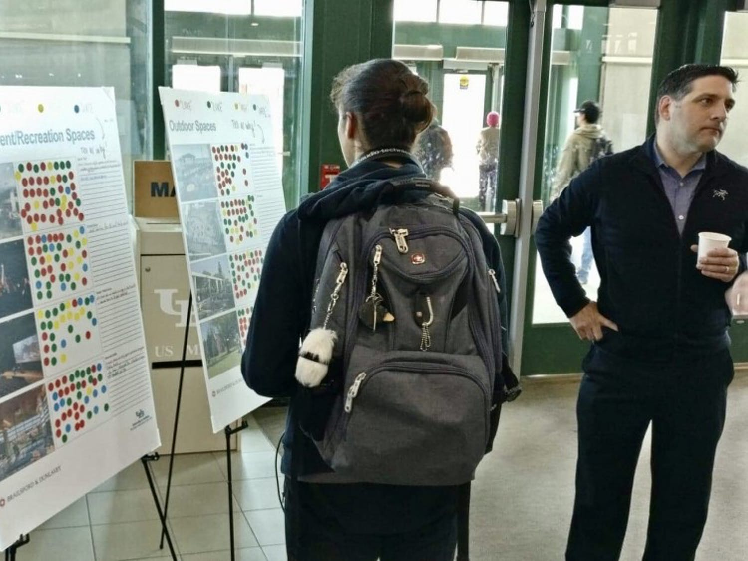 Students and faculty discuss ideas with contractors over the future plans for the Student Union. UB held an event early Wednesday to get feedback on ideas for the future renovations of the SU.