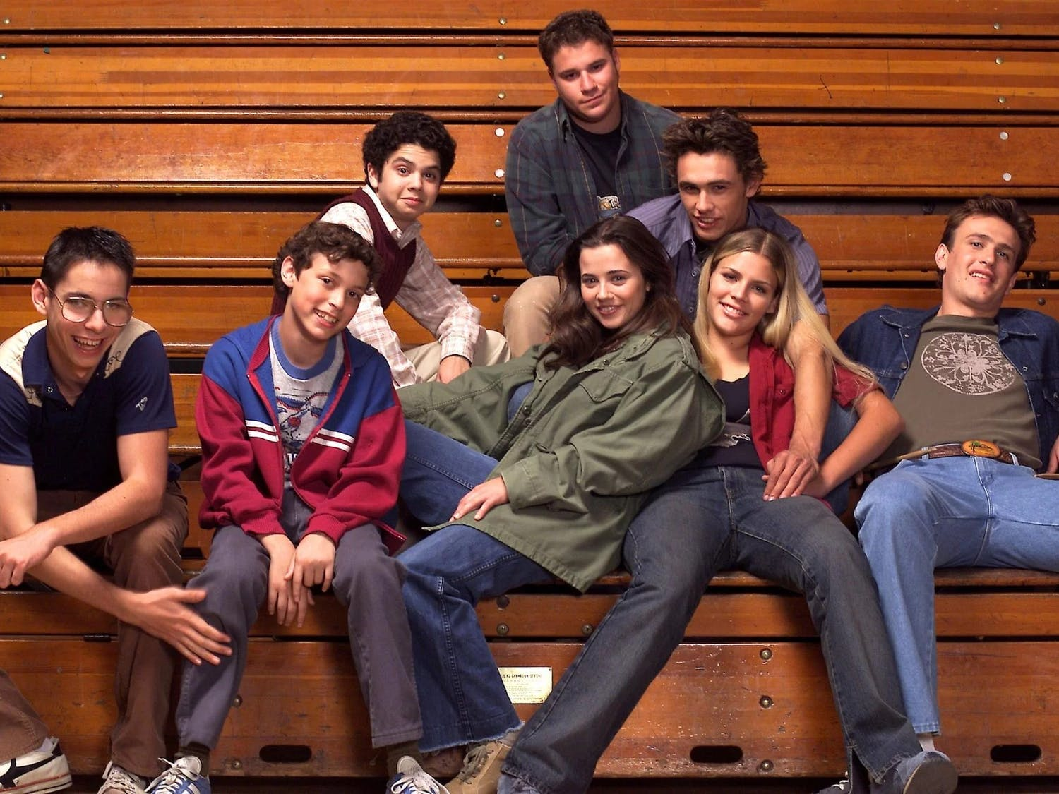 """""""Freaks and Geeks"""" is late 1990s television at its finest, as it follows Lindsay, a high schooler who is trying to escape her """"goody-two-shoes"""" reputation by hanging out with the troubled """"freaks"""" at school."""