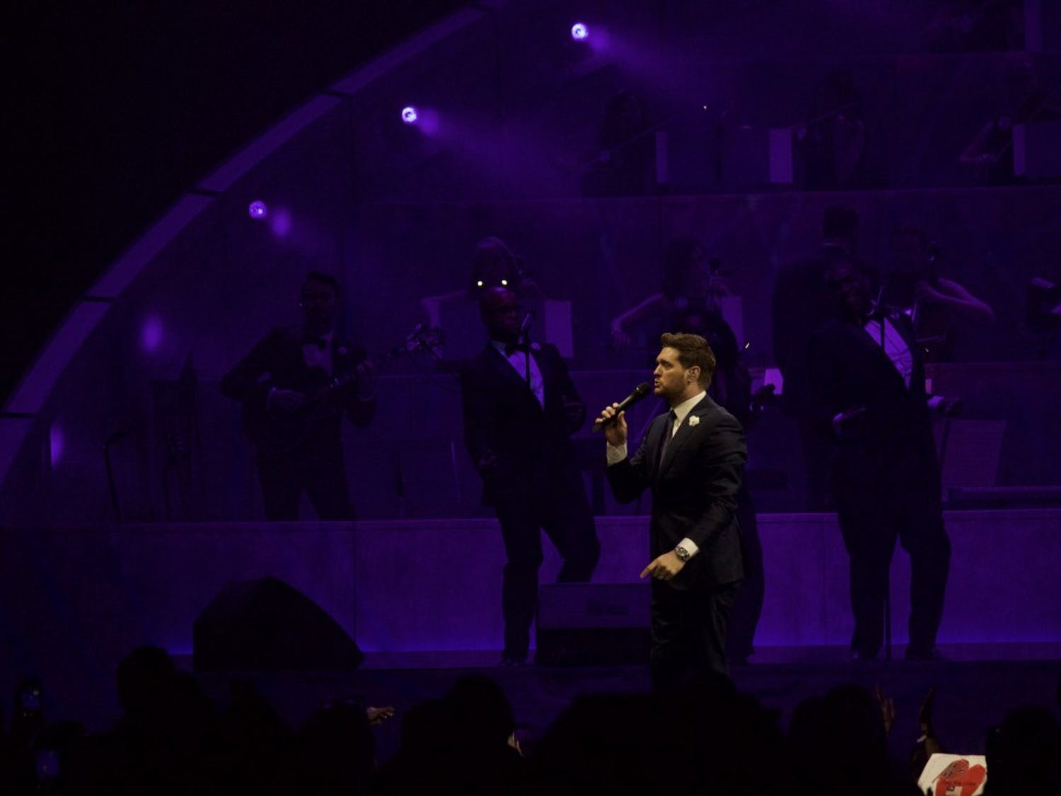 """Michael Bublé dazzled the KeyBank Center Wednesday night. His Buffalo performance was the fifth stop of his new tour, """"An Evening With Michael Bublé."""""""