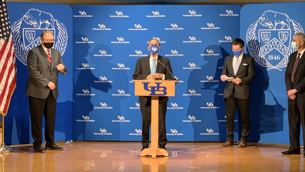 UB President Satish Tripathi and SUNY Chancellor Jim Malatras announced the creation of a COVID-19 satellite testing laboratory at Farber Hall.